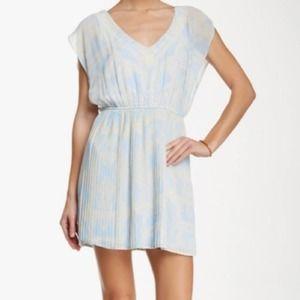 Versona Wanderlust Flutter Sleeve Dress Size Lg